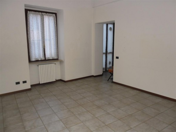 Appartamento in vendita a Nizza Monferrato, 2 locali, prezzo € 98.000 | CambioCasa.it