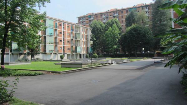 Bilocale Milano Via Sem Benelli 5