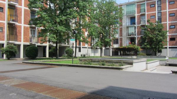 Bilocale Milano Via Sem Benelli 7