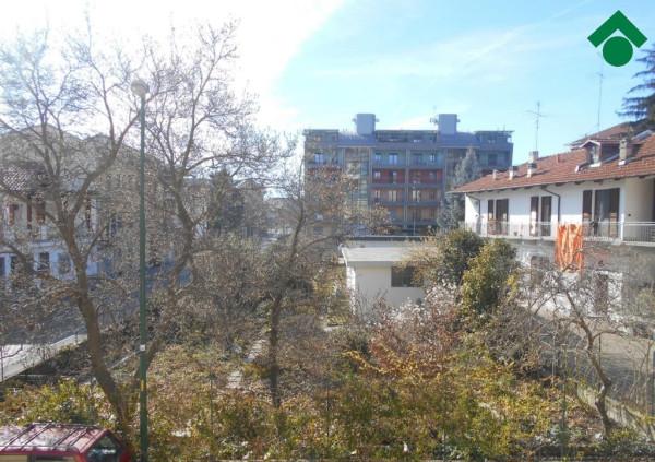 Bilocale Pinerolo Via Geymet 11