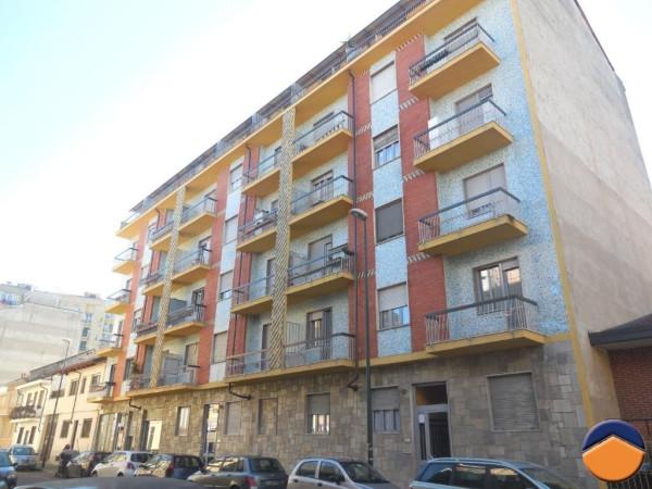 Bilocale Torino Via Riccio Camillo 1