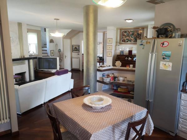 Villa in vendita a Concesio, 6 locali, prezzo € 470.000 | Cambio Casa.it