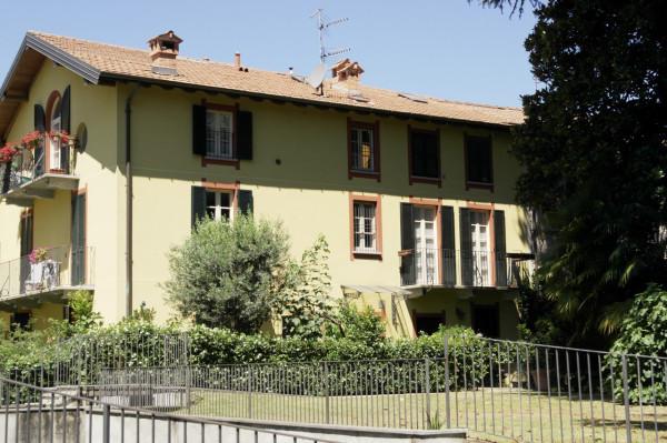Appartamento in vendita a Besozzo, 2 locali, prezzo € 125.000 | Cambio Casa.it