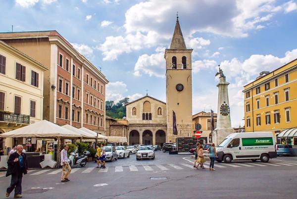Negozio / Locale in vendita a Spoleto, 1 locali, prezzo € 75.000 | Cambio Casa.it