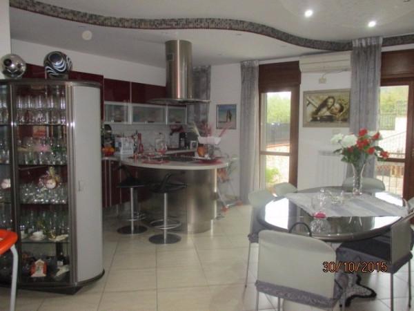 Appartamento in vendita a Fisciano, 3 locali, prezzo € 200.000 | Cambio Casa.it