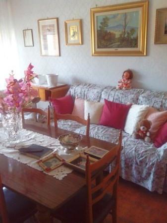 Bilocale Arona Via Vittorio Veneto 5