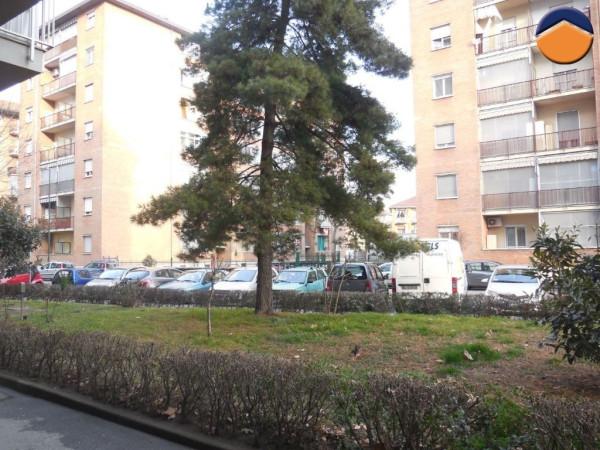 Bilocale Torino Via Buriasco 11