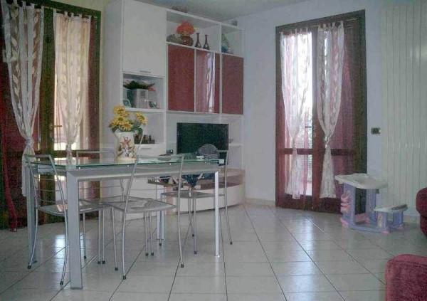 Appartamento in vendita a Agliana, 3 locali, prezzo € 179.000 | Cambio Casa.it