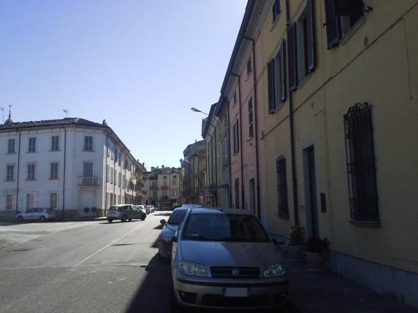 Casa indipendente in Vendita a Carpaneto Piacentino: 164 mq
