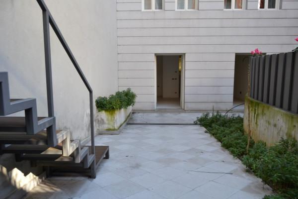 Bilocale Trieste Via Della Madonna Del Mare 9