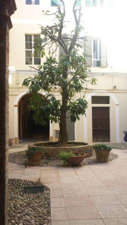 Ufficio-studio in Affitto a Correggio: 50 mq