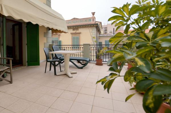 In passeggiata importante appartamento con terrazza Rif.6966811