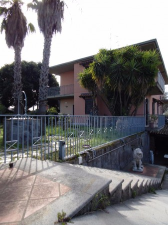 Villa in Vendita a Mascalucia Centro: 5 locali, 200 mq
