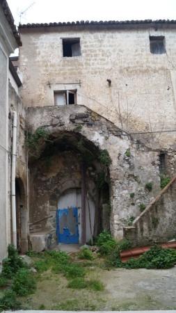 Soluzione Indipendente in vendita a Piana di Monte Verna, 6 locali, prezzo € 30.000 | Cambio Casa.it