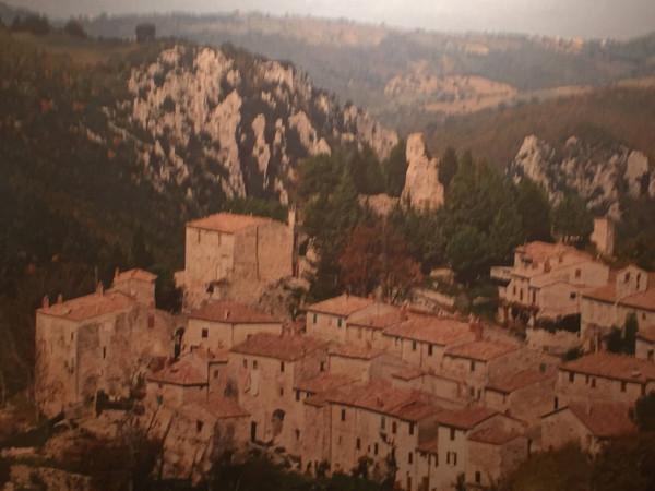 Bilocale Semproniano Via Del Castello 10