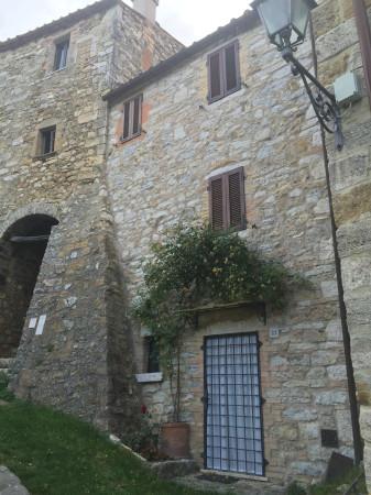 Bilocale Semproniano Via Del Castello 3