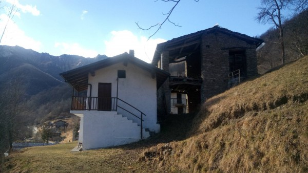 Rustico / Casale in vendita a Monterosso Grana, 6 locali, prezzo € 60.000 | Cambio Casa.it