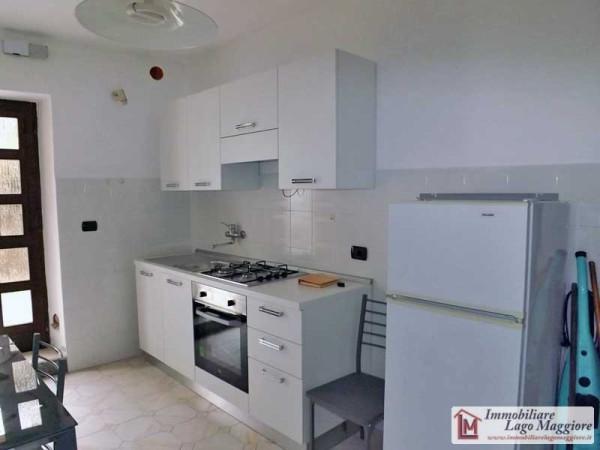 Appartamento in affitto a Taino, 2 locali, prezzo € 380 | Cambio Casa.it