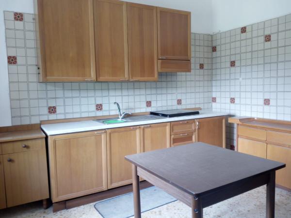 Appartamento in affitto a Mercato San Severino, 1 locali, prezzo € 250 | Cambio Casa.it