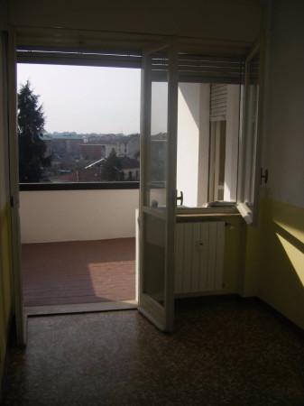 Bilocale Novara Via Ettore Bossi 4