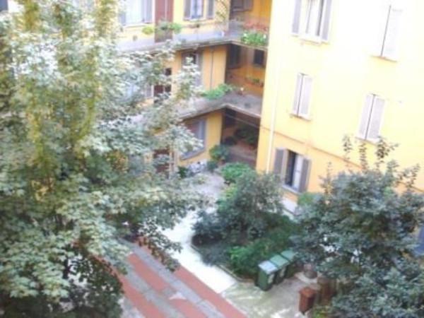 Bilocale Milano Via Antonio Tolomeo Trivulzio 7