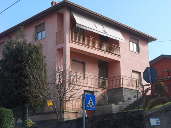 Appartamento in vendita a Pradalunga, 4 locali, prezzo € 165.000 | Cambio Casa.it
