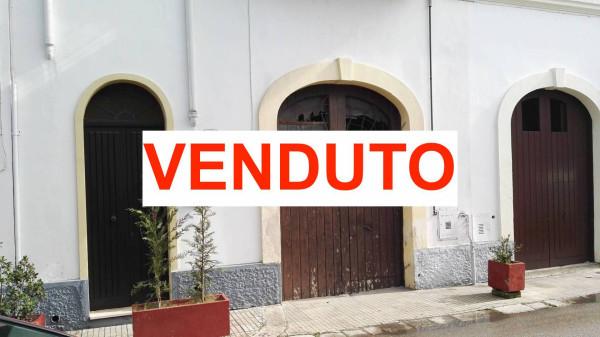 Soluzione Indipendente in vendita a Leverano, 6 locali, prezzo € 79.000 | CambioCasa.it