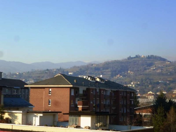 Bilocale Pinerolo Via Bignone, 3 9
