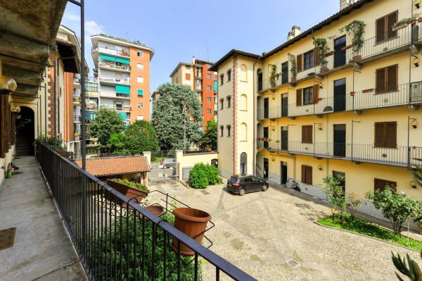 Bilocale Milano Via Giorgio Merula 1