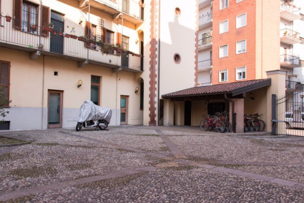 Bilocale Milano Via Giorgio Merula 3