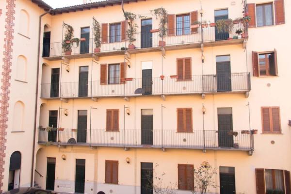Bilocale Milano Via Giorgio Merula 4