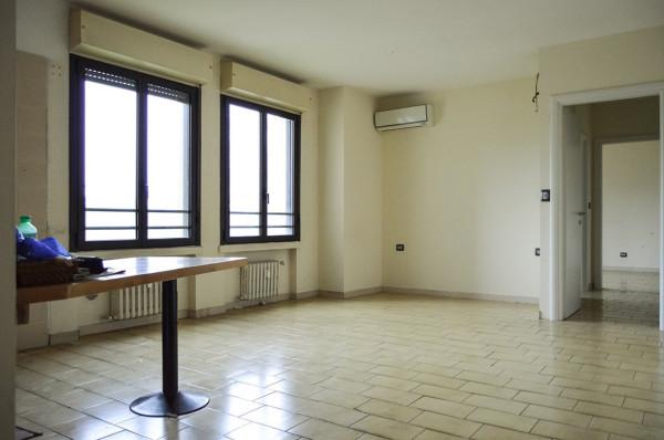 Bilocale Bologna Via Stendhal Henri Beyle 3