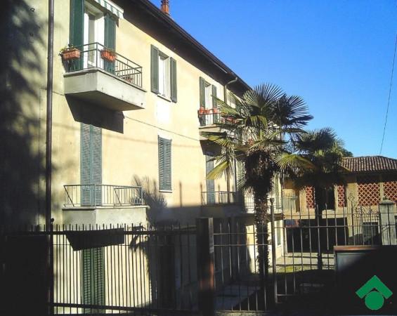 Bilocale Lurago d Erba Via San Giorgio 1