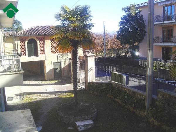 Bilocale Lurago d Erba Via San Giorgio 12