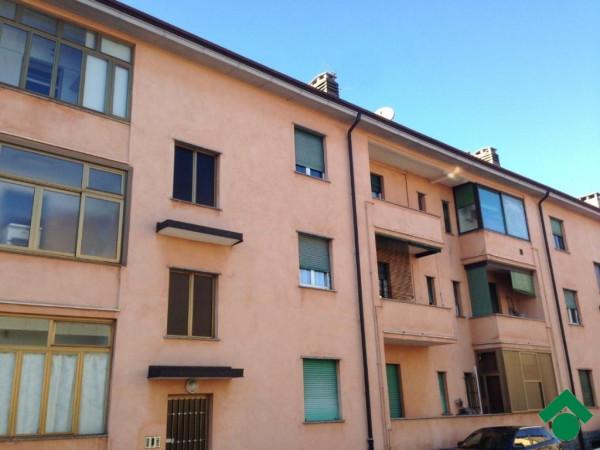 Bilocale Giussano Piazza Della Repubblica, 4 1