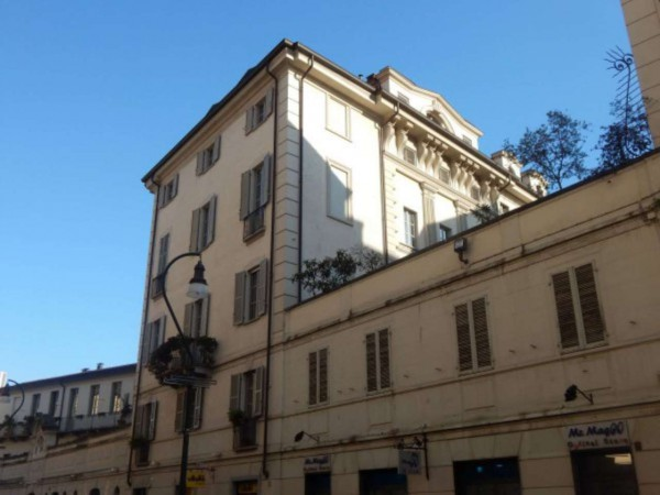 Bilocale Torino Via Sant'ottavio 1