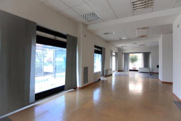 Negozio / Locale in affitto a Siracusa, 6 locali, prezzo € 8.000 | CambioCasa.it