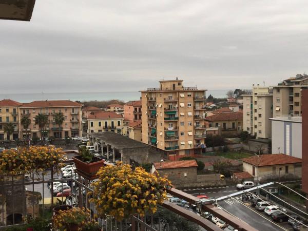 Appartamento in vendita a Vallecrosia, 5 locali, prezzo € 270.000 | Cambio Casa.it
