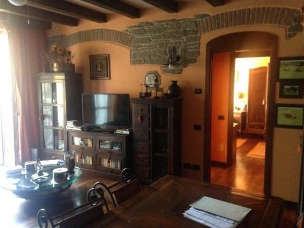 Appartamento in vendita a Lomazzo, 2 locali, prezzo € 120.000 | Cambio Casa.it