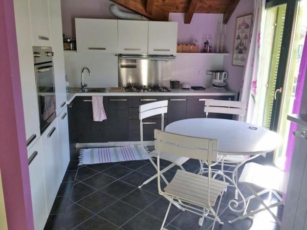 Attico / Mansarda in vendita a Ranco, 3 locali, prezzo € 175.000 | Cambio Casa.it