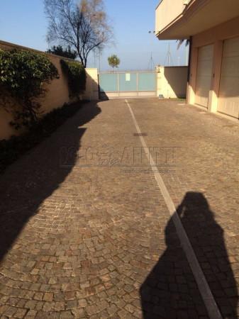 Bilocale Pescara Viale Della Riviera 13