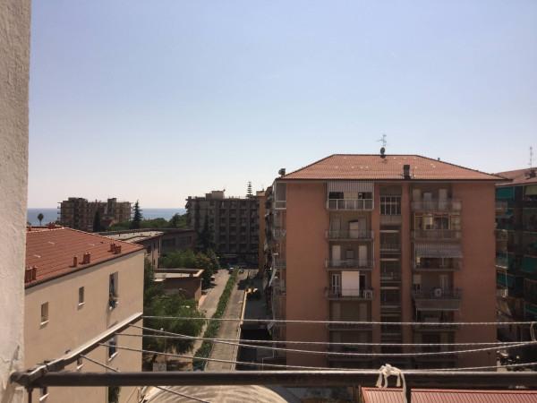 Appartamento in vendita a Ventimiglia, 6 locali, prezzo € 185.000 | Cambio Casa.it