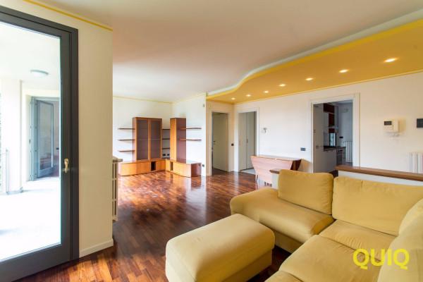 Appartamento in vendita a Lecco, 4 locali, prezzo € 445.000 | Cambio Casa.it