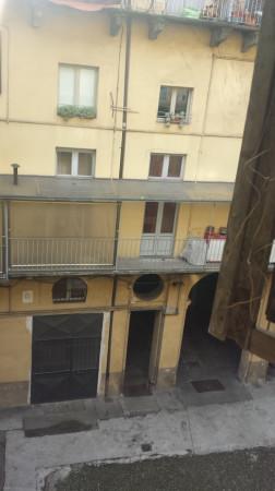 Bilocale Torino Via Santa Chiara 10