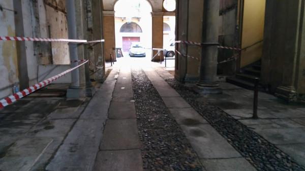 Bilocale Torino Via Santa Chiara 6