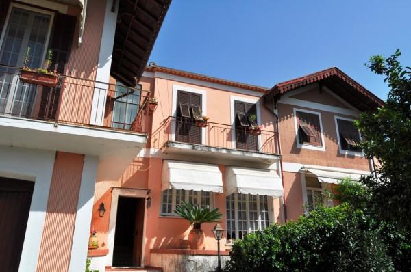 Villa in Vendita a San Remo Semicentro: 5 locali, 384 mq