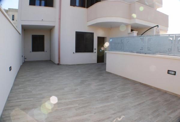 Appartamento in vendita a Lizzanello, 5 locali, prezzo € 160.000 | Cambio Casa.it