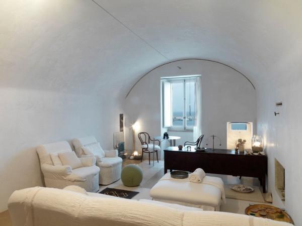 Palazzo in Vendita a Otranto: 70 mq