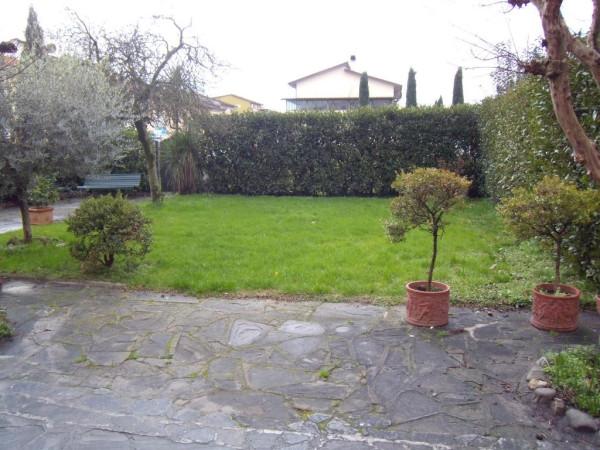 Villa in vendita a Agliana, 5 locali, prezzo € 290.000 | Cambio Casa.it
