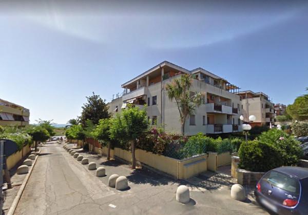 Bilocale Santa Marinella Via Delle Dalie 11